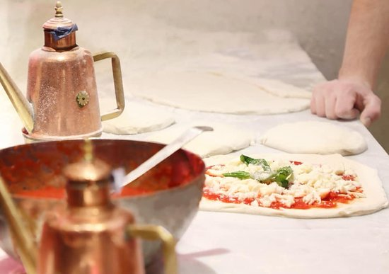 L' Antica Pizzeria Da Michele: It's all about the preparation and fresh ingredients