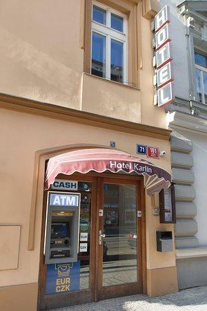 Hotel Karlin's entrance