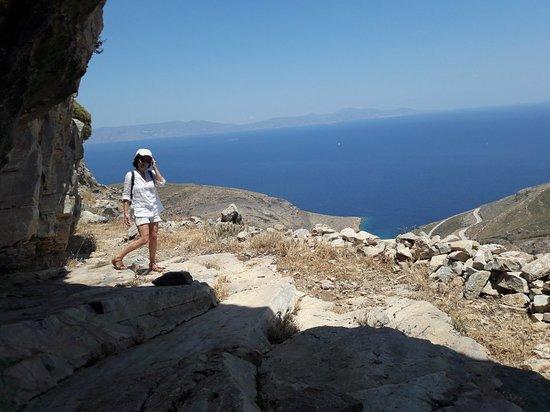 Σύρος, Ελλάδα: la Grotte dans laquelle Pherecyde aurait enseigné