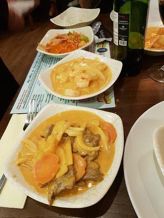 Jazz Chinese and Thai Restaurant: Beef & Prawn curry