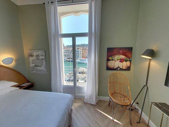 Hotel L'Orque Bleue: Chambre vue canal
