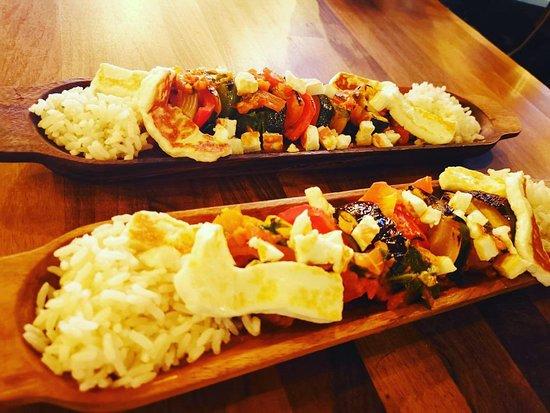 De Mezka Mediterranean Kitchen & Bar