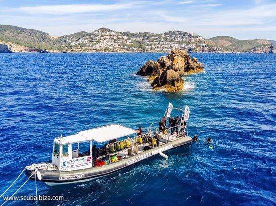 Scuba Ibiza Diving Center: Nuestro Barco