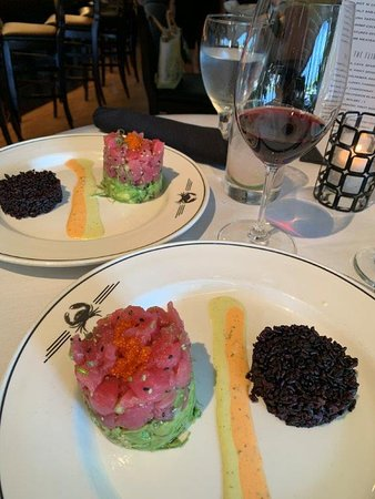 Tuna Tartar Tower (s) - so good we both had it.