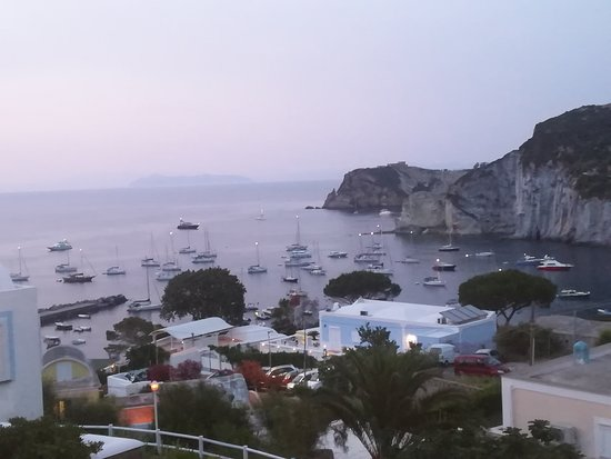 Ponza Island, Italy: Panoramica