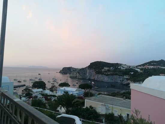 Ponza Island, Italy: Panoramica dall'hotel