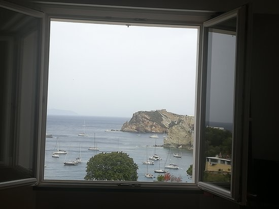 Ponza Island, Italy: Panoramica dalla camera