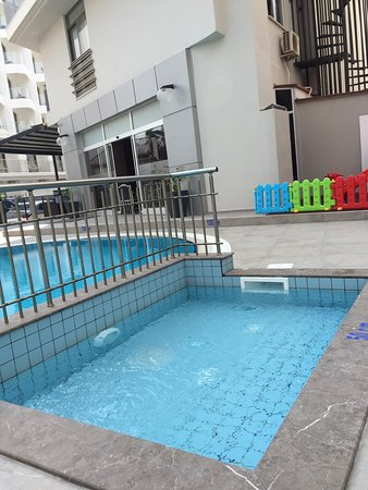 This is the Kids Pool