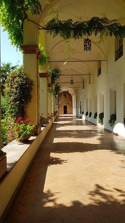 Interno portico lato ovest
