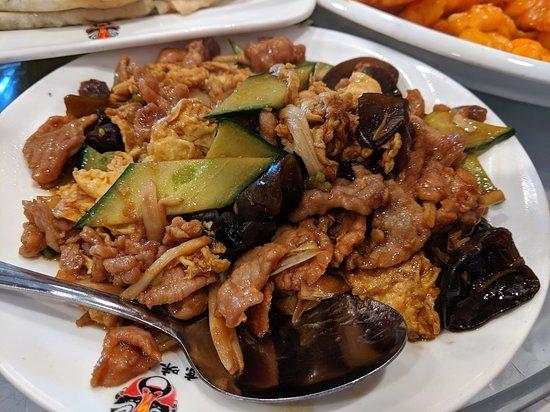 Pork with Three Kinds of Mushrooms