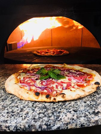 Pupi Italiana Ristorante Pizza Pasta Bar