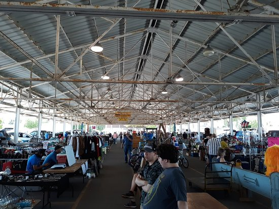 Chuckies Bay County Flea Market