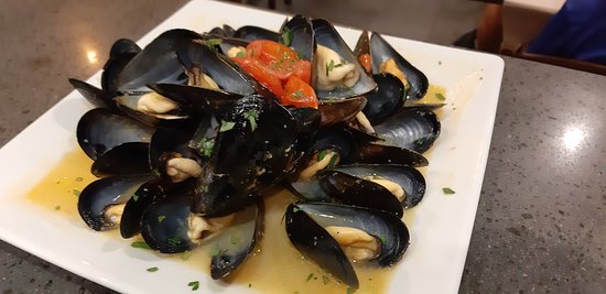 Sauté mussels