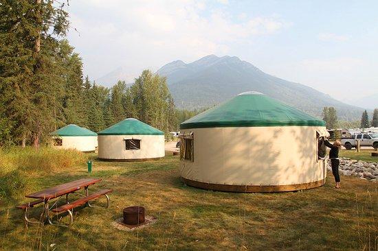 Fernie RV Resort: Five heated yurts available year around.
