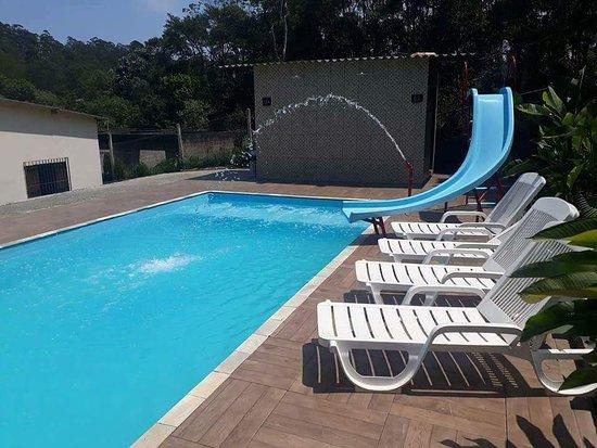 Chacara, MG: piscina com hidro e cachoeira