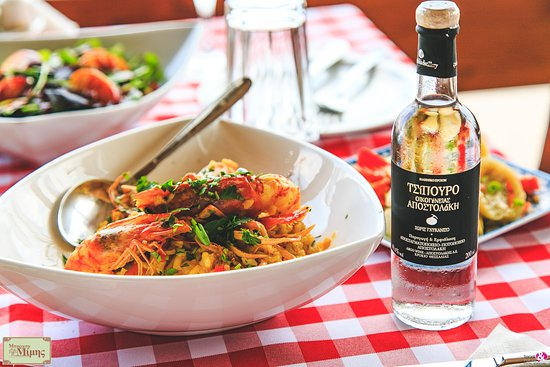 Fresh schrimps with authentic tsipouro. Enjoy!