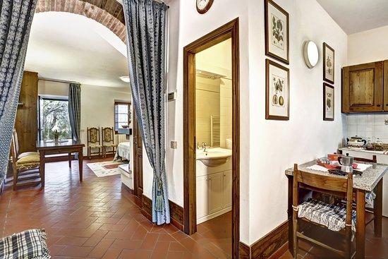 Lecchi in Chianti Photo