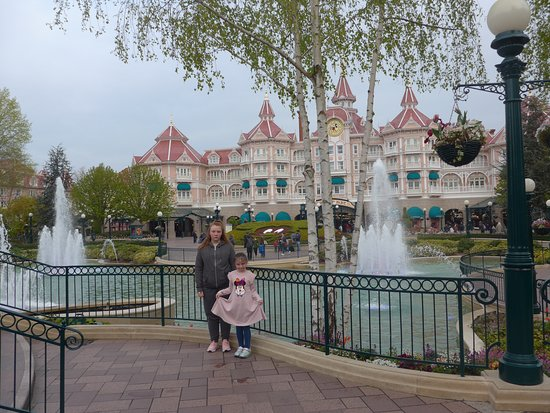 Disneyland Paris: Our Recent Visit to @Disneylandparis in April this year. Picture of my two girls outside the entrance to the Disneyland Park.   Make sure to bring a packed lunch with you to the park cause its a wonderful place. in 4 days we still didn't get to see the whole place. We'll be back when our youngest is a little older!!!   Must do place for families!
