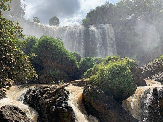 Thác Voi và chùa Linh Ẩn - Đánh giá về Elephant Falls, Đà Lạt, Việt ...