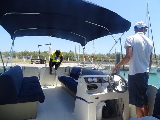Greenblu Marinagri Hotel & SPA: In barca verso la spiaggia