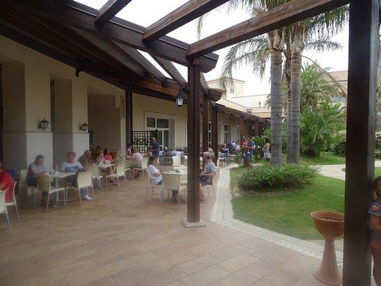 Greenblu Marinagri Hotel & SPA: L'esterno del ristorante