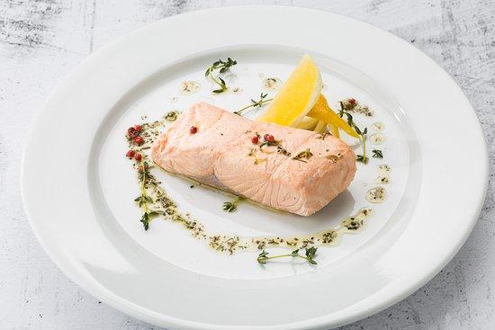 AKYAN Restaurant: Эскалоп из лосося