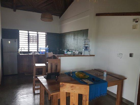 Nosy Be, Madagascar: La cuisine les Hibiscus