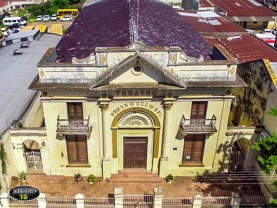 Teatro Prezewodowski , prédio foi inaugurado no ano de 1886 em Itaqui - Rs