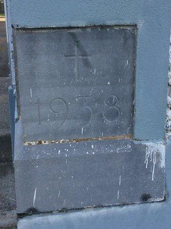 New Quay, Ierland: Foundation stone
