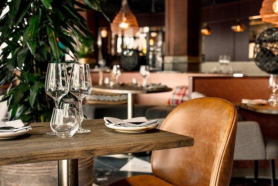 Restaurant Dada: Chair DaDa