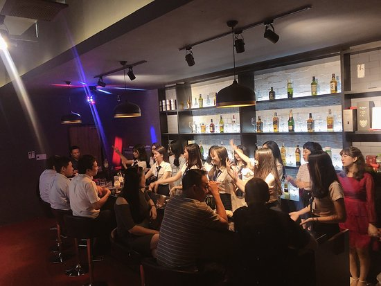 Kirara Bar & Lounge