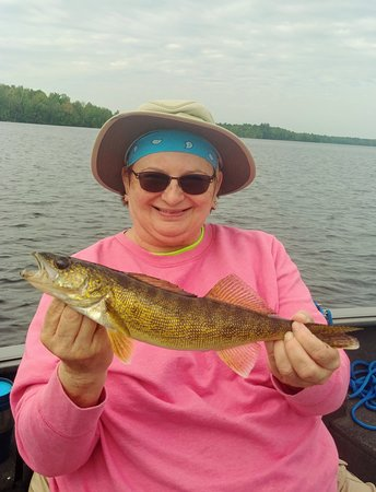 April with a good Flowage walleye!