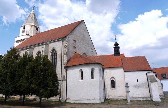 Hnanice - kostel sv. Wolfganga