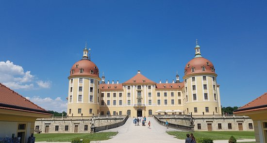 Driveczech - Your Personal Driver: The castle of Mortizburg, Germany, was built as the place where to stay during hunting season in the past. Woods around are full of wild animals.