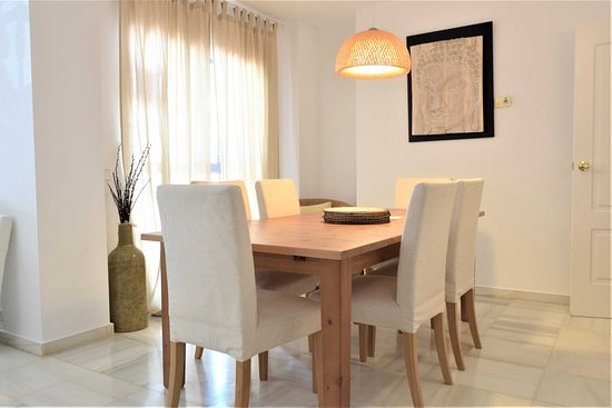Terrazas - Изображение Apartamentos y Casas Serinamar Marbella, Марбелья - Tripadvisor