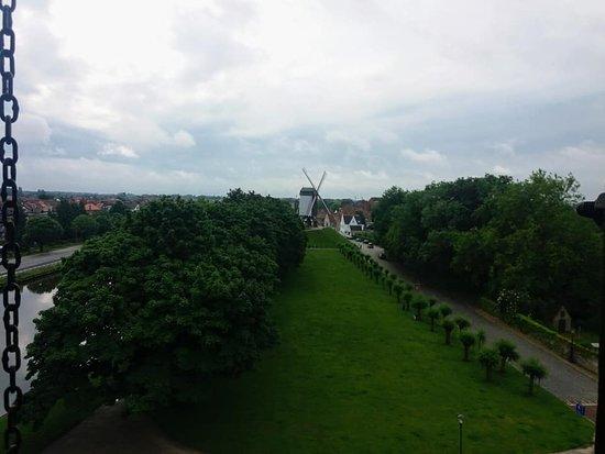 Sint-Janshuismolen: vue sur l'autre moulin