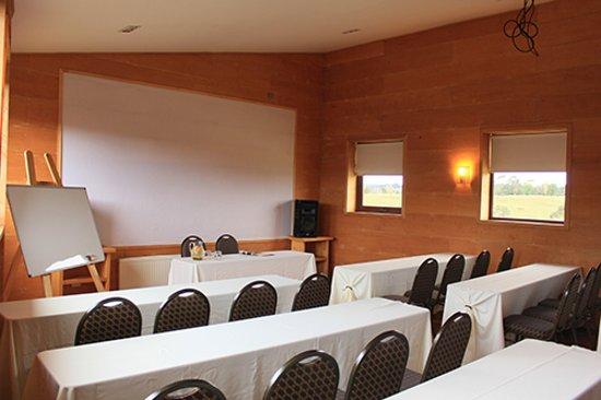 Hotel Parque Quilquico: Sala de reuniones para 50 personas