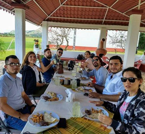 Ocozocoautla de Espinosa, México: Desayunos de cortesía incluido en todos los paquetes de vuelo.