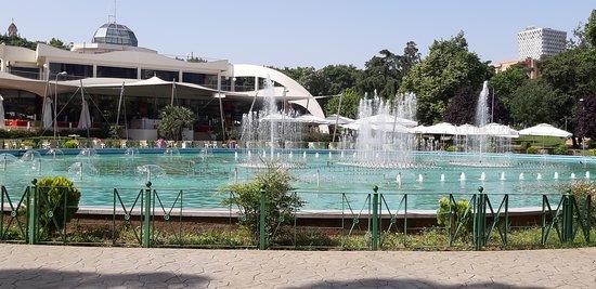 Τίρανα, Αλβανία: Regency Casino