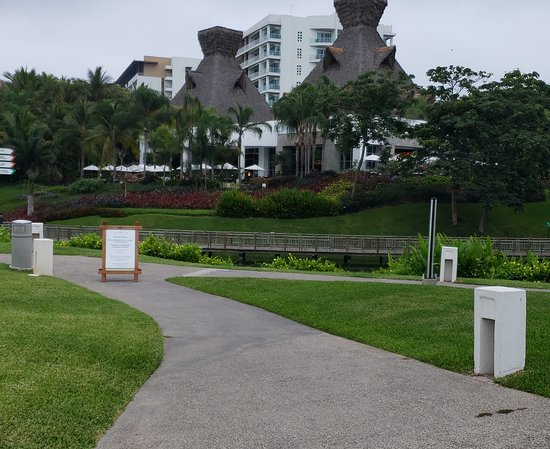 Grand Luxxe at Vidanta Nuevo Vallarta: This is the Cafe del Lago which offers an excellent breakfast buffet.