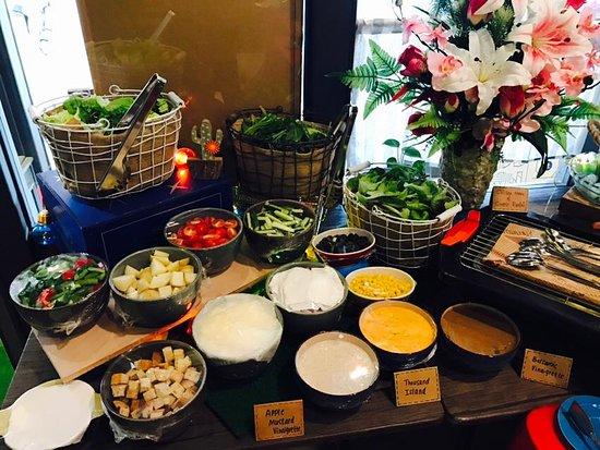 Bareeseta Coffee House: Salad bar set up for private event