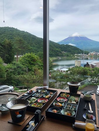 AmaZing view and food