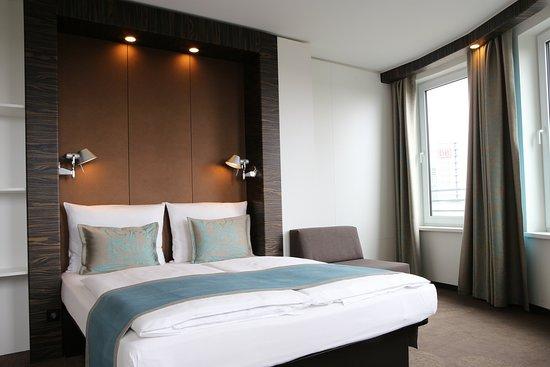Motel One Berlin-Hauptbahnhof: Guest room
