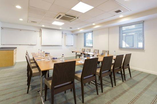 Holiday Inn Express Earls Court: Meeting room