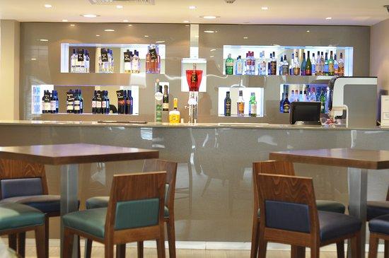 Holiday Inn Express Earls Court: Lobby