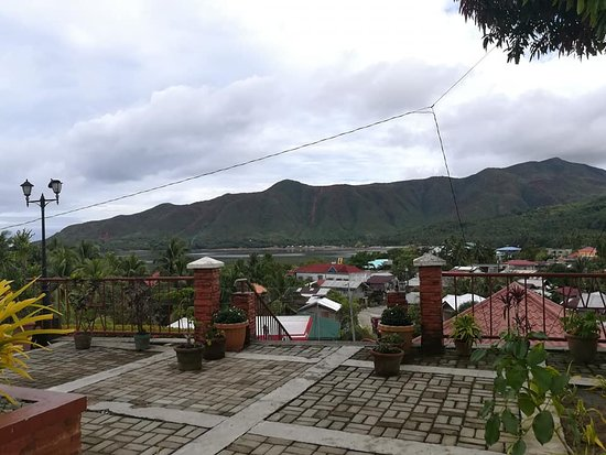 Cagdianao, ฟิลิปปินส์: This is still at Municipality over looking the entire Area!
