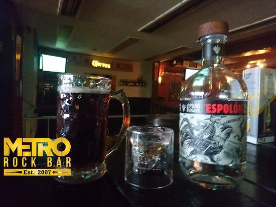 Metro Rock Bar: Los mejores mezcales y tequilas están garantizados.