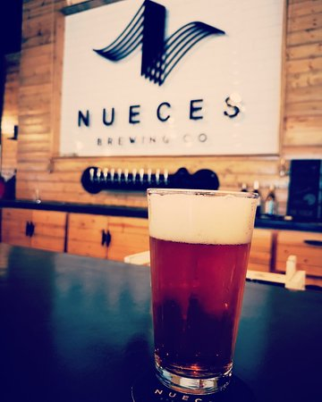 ‪Nueces Brewing‬