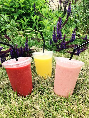 Iced Smoothies 🥤in three delicious flavours 😋 • Strawberry & Banana 🍓🍌 • Tropical 🥭🍍 • Red Berry 🍓