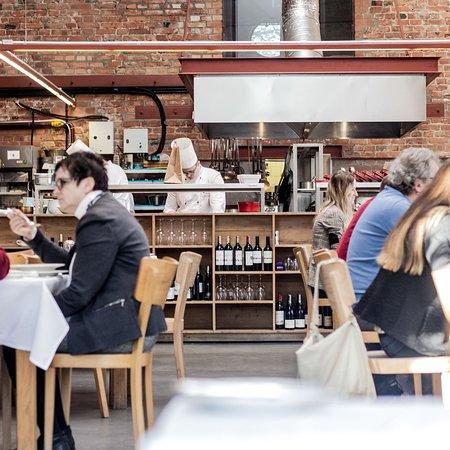 Warszawa Wschodnia by Mateusz Gessler: Main restaurant room